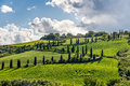 VAL D ORCIA, TUSCANY/ITALY - MAY 20 : Farm In Val D Orcia Tuscan Royalty Free Stock Photo - 71145435