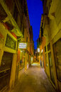 VENICE, ITALY - JUNE 18, 2015: Little Street At Night In Venice, Hotel For Turists. Nice View With The Light And Blue Royalty Free Stock Photos - 71917478