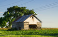Vintage Barn In The Afternoon Light. Stock Photo - 73758070