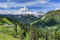 Mount Rainer Stock Photo - 74667060