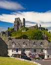 Bright Blue Skies Over Purbeck Hills Above Corfe Castle Royalty Free Stock Photography - 78763657