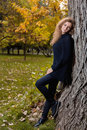 Beautiful Woman In Black Sweater, Posing In Autumn Park Royalty Free Stock Photos - 78984048