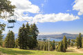 Big Bear Lake With Cable Car Stock Images - 85992154
