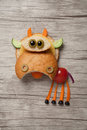 Funny Cow Composed With Bread And Fresh Vegetables Royalty Free Stock Photos - 88963918