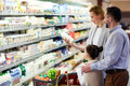 Family Buying Groceries In Store Royalty Free Stock Photo - 92354375