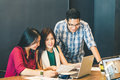Group Of Young Asian Business Colleagues Or College Students In Team Casual Discussion, Startup Project Business Meeting Stock Images - 96013944