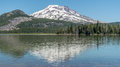 South Sister Mountain Reflecting In Sparks Lake Stock Photo - 96687760