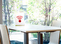 Free Wifi Sign Label For Customer On The Table Royalty Free Stock Photos - 99041028