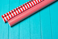 Christmas Gift Wrapping Party Time With Colorful Paper, Ribbon Bows, Scissors A Royalty Free Stock Photos - 99069148