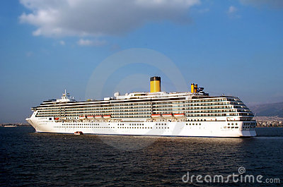 Huge cruisership