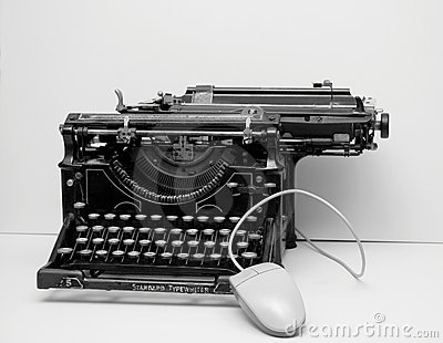 Old typewriter with mouse
