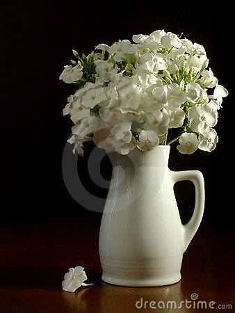 White pitcher & flowers