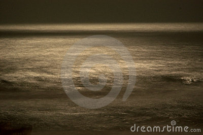 Blurred waves in the moonlight
