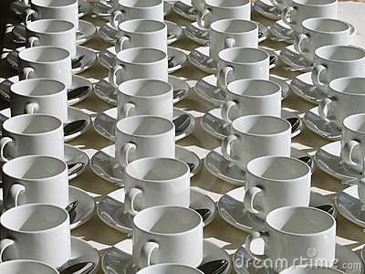 Aligned Cups