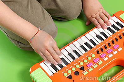 Hands on electronic piano