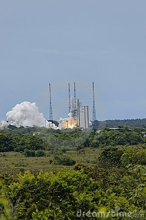 Ariane 5 take off