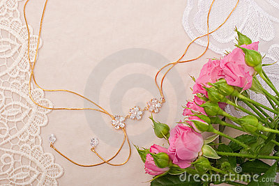 Chain and roses