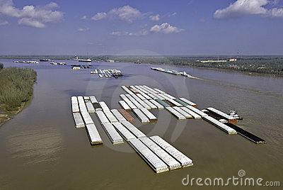 Barge tows on Mississippi River