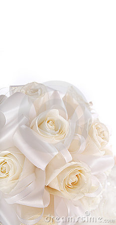 Bouquet of the bride from creamy roses