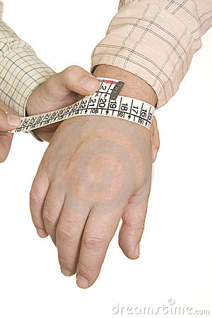 Tailored shirt wrist measure