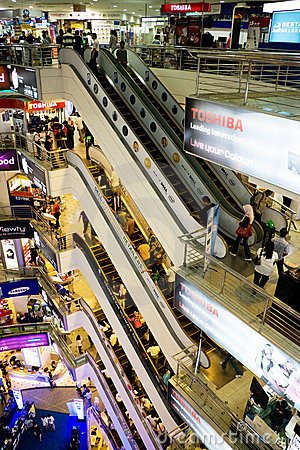 ICT Shopping Crowd