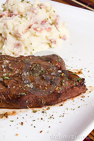 Steak with Mashed Potatoes