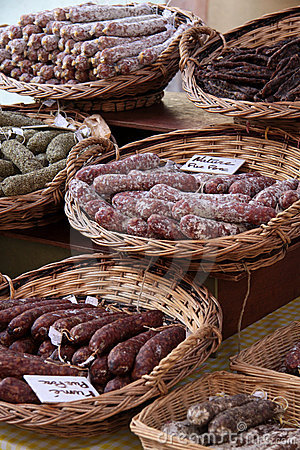 Sausages in baskets