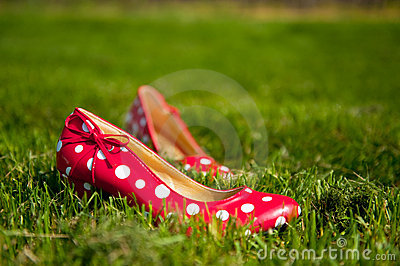 Red ladies shoes