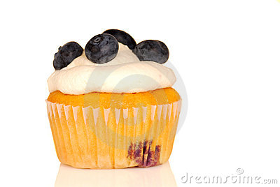 Vanilla cupcake with blueberries