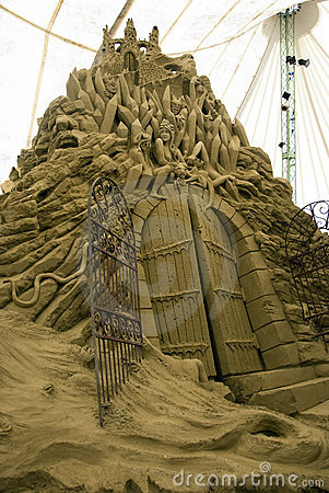 Sand Sculptures - the city of Dis