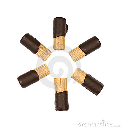 Chocolate dipped wafer rolls