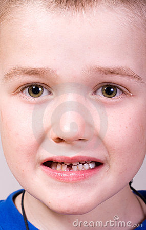 Little boy - tooth care