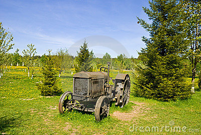 Old wheeled tractor