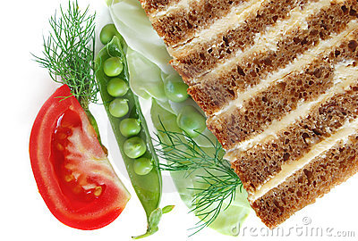 Bread with butter and vegetables