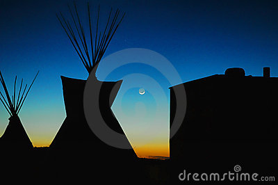 Teepee moonlight