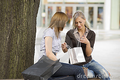 Chatting on shopping