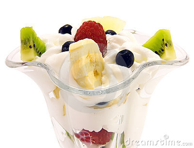 Fresh fruit salad with whipped cream