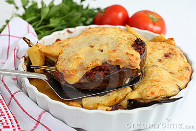 Aubergines with meat and bechamel
