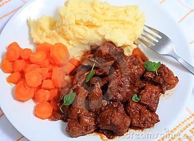 Boeuf bourguignonne meal from above