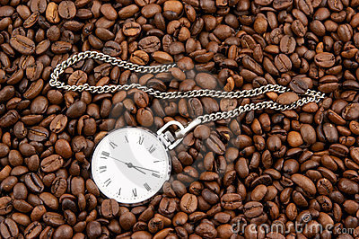 Coffee time, watch on grains