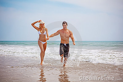 Couple on vacation at the beach
