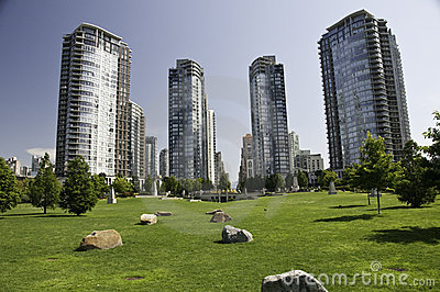 Green space with in the dowtown highrise condos