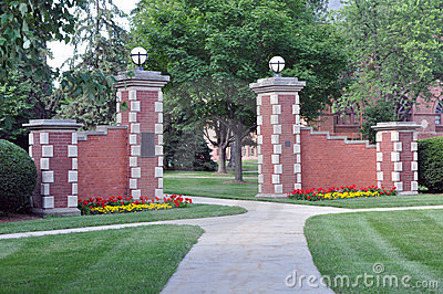 Simpson College gate