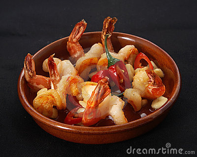 Fried prawns with chilli