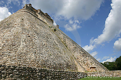 Mayan pyramid at Uxmal, Mexico
