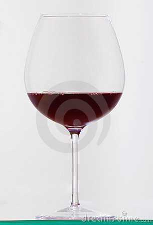 Red wine in the glass