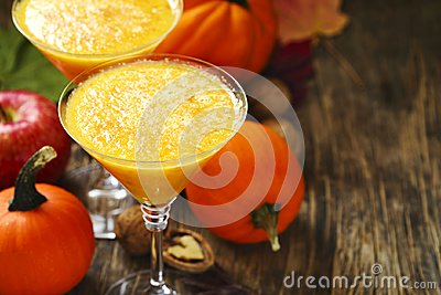 Pumpkin alcohol cocktail for fall and halloween parties