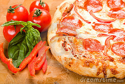 Pepperoni and Pepper pizza