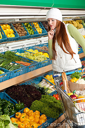 Grocery store - Red hair woman in winter outfit
