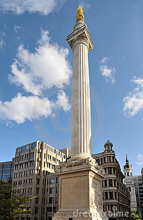 Monument to the Great Fire of London, England, UK